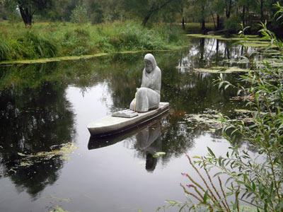 Памятник Елисею Плетенецкому